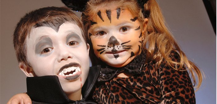 How to apply halloween makeup halloween face painting for How to apply face paint