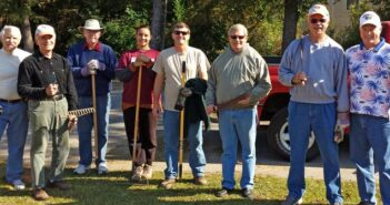 Niceville Kiwanis Club workday at Children in Crisis, Niceville FL