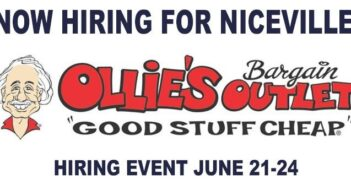 Ollies Bargain Outlet hiring Niceville