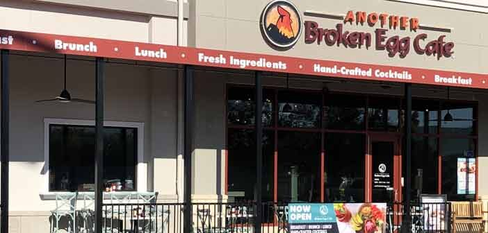 another broekn egg cafe exterior, destin commons