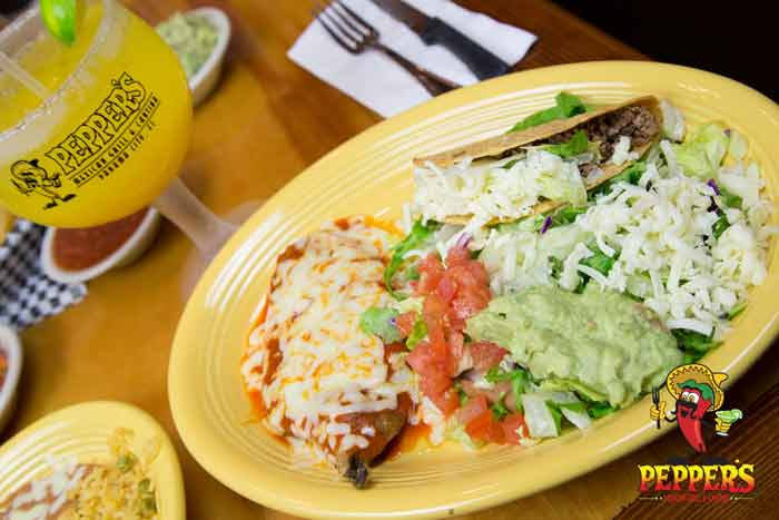 pepper's mexican grill & cantina, combination plate with taco