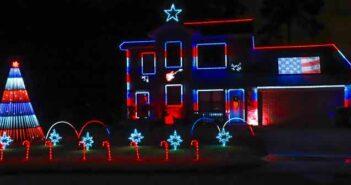 Troon Goon Christmas Lightshow patriotic theme