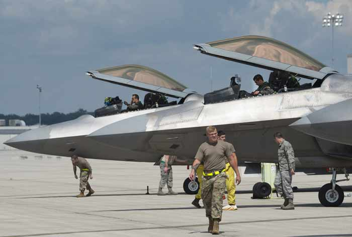 eglin air force base raptors depart ahead of storm